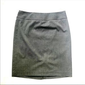The Limited NEW Grey Pencil Skirt Size 6